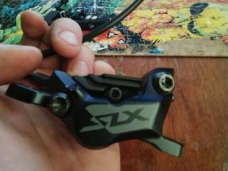 Тормоз передний Shimano SLX M7100