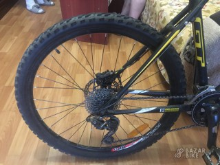 GT Avalanche 1.0 27,5er Custom XL