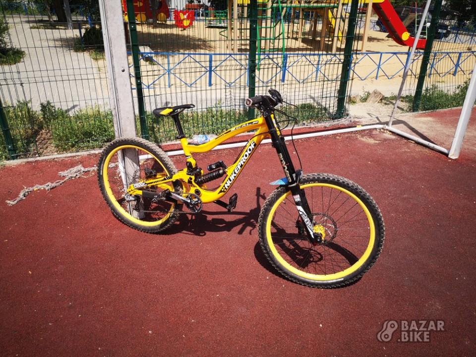 Nukeproof Scalp M Custom 2012