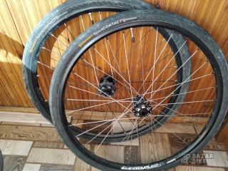 Вилсет 26 Cycledesign / Alexrims 100×15/142×12мм + покрышки Continental