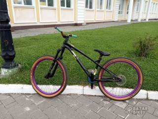 Commencal Absolut L