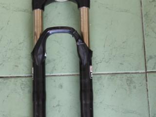 Вилка 27,5+ RockShox RL Silver 120 мм