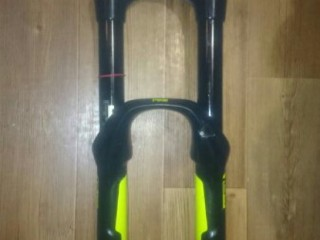 Вилка RockShox Pike RC AIR 27.5 160мм
