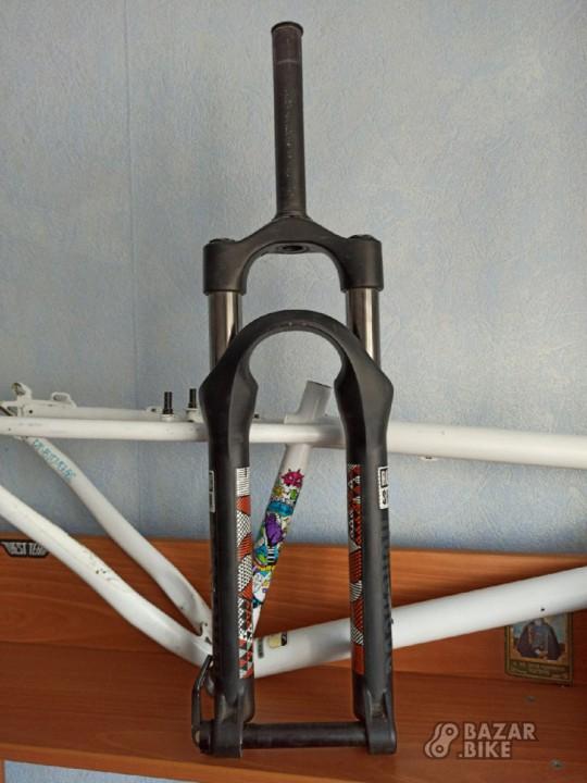 Вилка RockShox Argyle 302 80мм