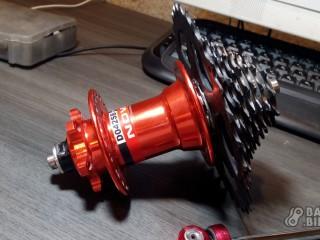 Втулка задняя Novatec В042SB 36h 135×QR + кассета Sram 8ск