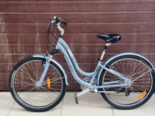 Женский велосипед Trek Navigator 2.0