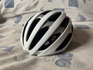 Шлем шоссейный Bell Stratus Mips S