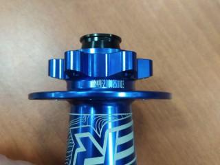 Втулка передняя Koozer XM490 32h 100×15мм (новая)