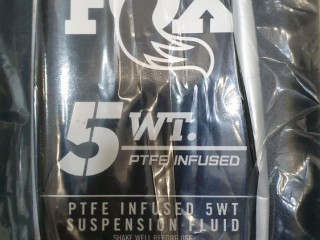 Масло амортизационное Fox PTFE Infused 5WT Suspension Fluid 946мл
