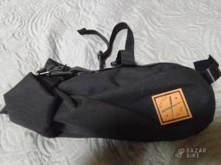 Подседельная сумка-баул Restrap Saddle Bug 4l (новая)