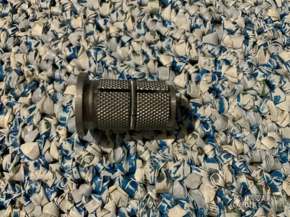 Якорь 1⅛' 28,6мм для карбонового штока (новый)