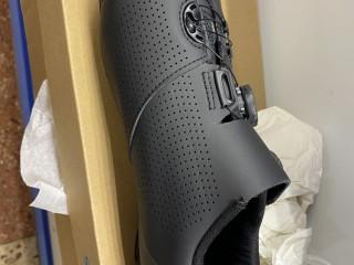 Велоботинки контактные Shimano XC-701 44EUR (новые)