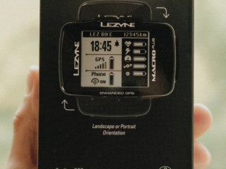 Велокомпьютер Lezyne Macro Plus GPS