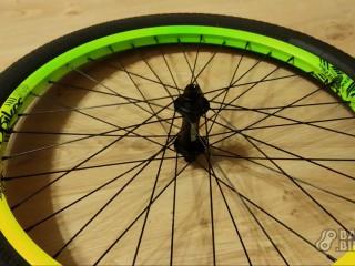 Колесо переднее 24 NS Bikes Trailmaster / Dartmoor Razor Street 100x10мм / Kenda Kiniption 24x2.3