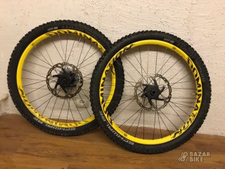 Вилсет 26 Domination DT Swiss + покрышки Schwalbe Magic Mary