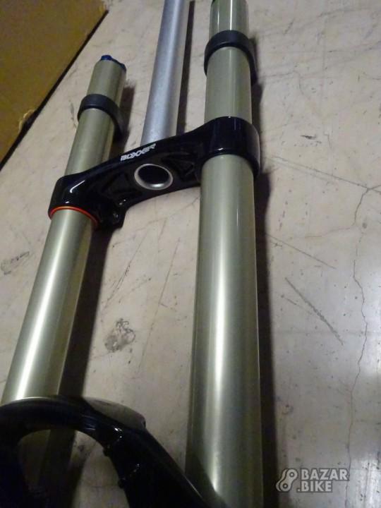 Вилка 26 RockShox Boxxer R2C2 200мм (новая)